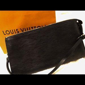 Louis Vuitton Bags - Epi Pochett Louis Vuitton